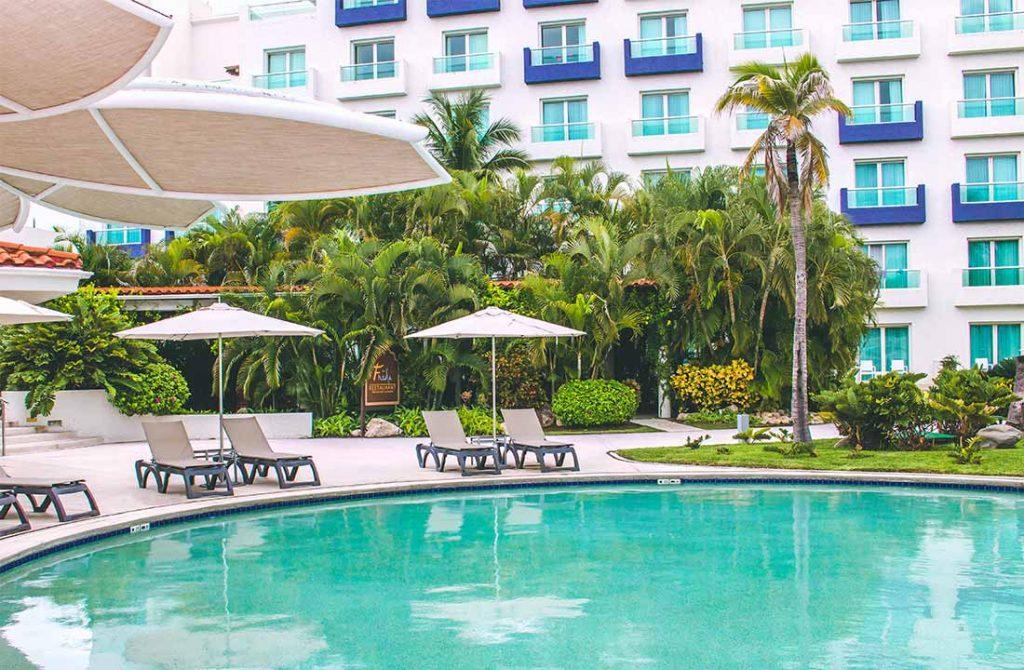 area-de-piscina-hard-rock-hotel-vallarta
