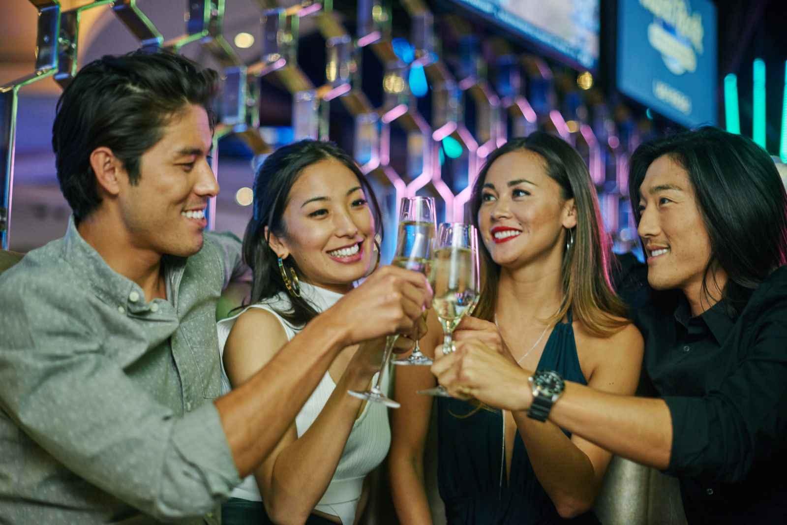 Hard Rock Hotel Los Cabos Holding Bar