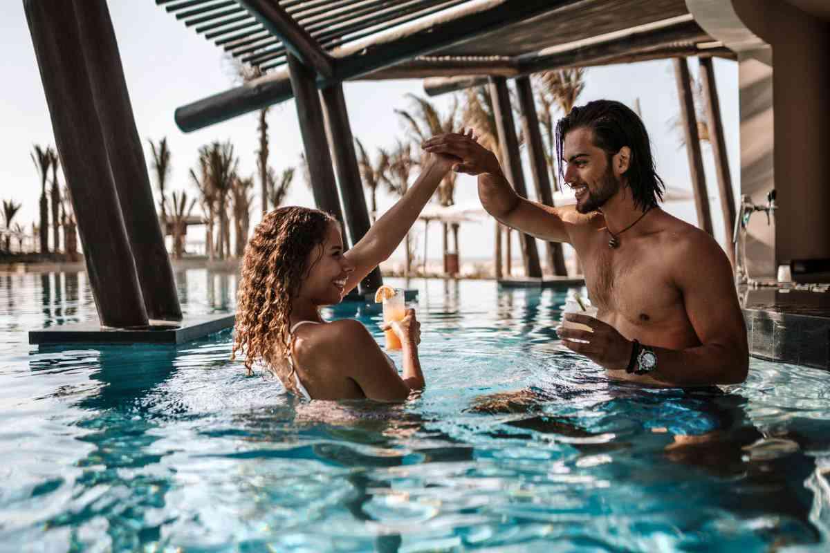 Hard Rock Hotel Los Cabos Rhythm Wet Bar
