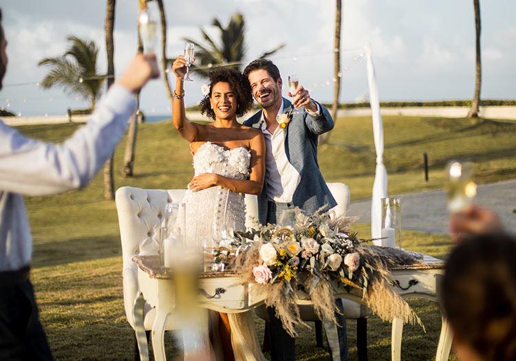Large Weddings Ceremony Style